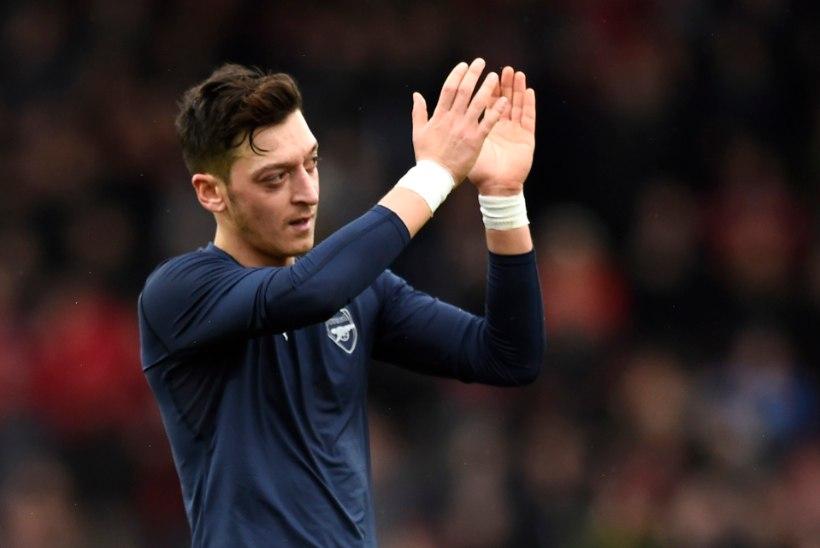 Arsenal jätkab Leicesteri tagaajamist, Chelsea pääses ManU vastu viigiga