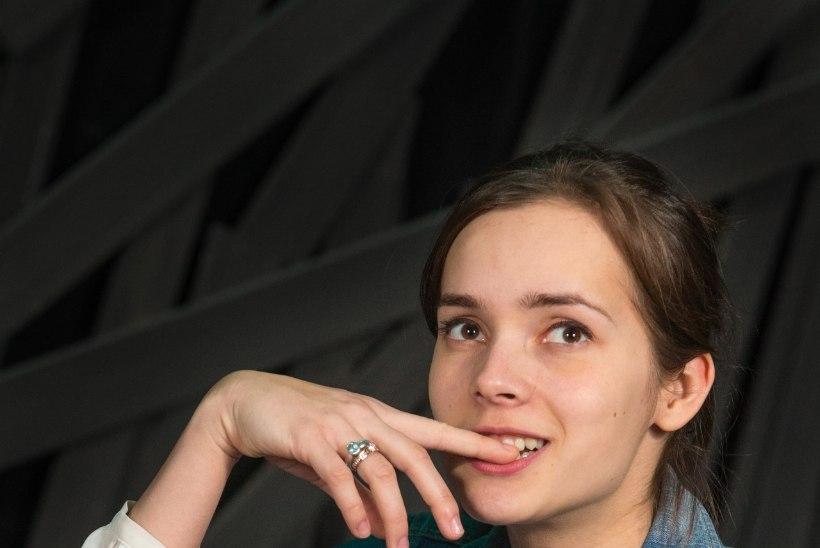 """Klaudia Tiitsmaa: tunnen end kogu aeg """"Üheotsapileti"""" ingli-tegelases ära. Ehk olingi eelmises elus selline?"""
