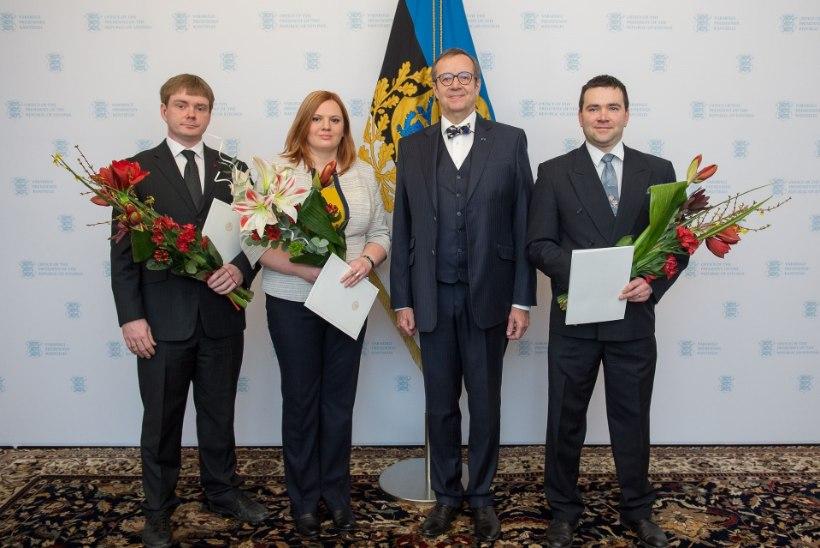 PILTUUDIS | President andis üle noore teadlase preemiad