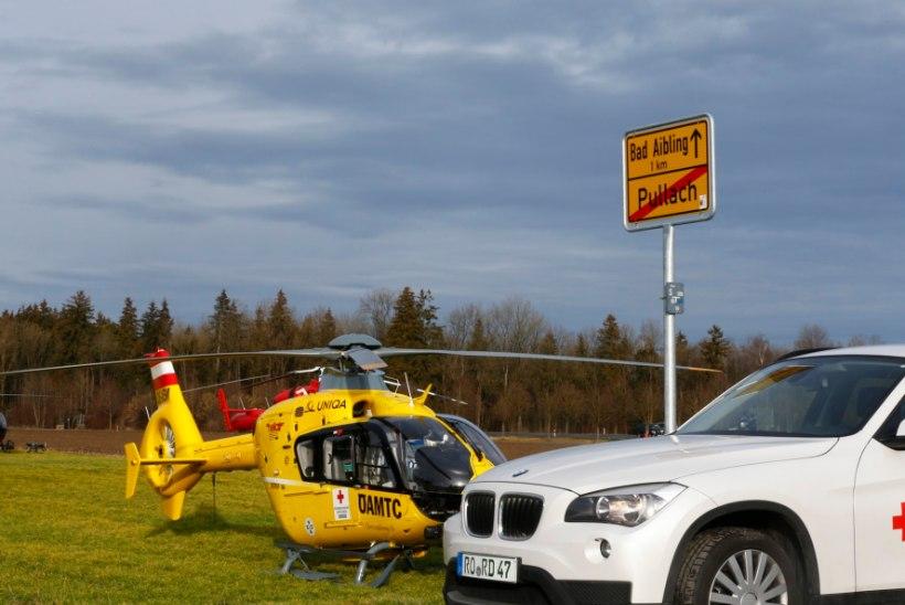 FOTOD JA VIDEO   Baierimaal põrkas kokku kaks reisirongi