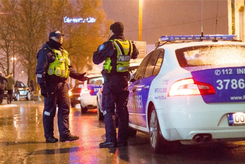 Väikelaps sai viga: politsei otsib Tallinnas Punasel tänaval toimunud liiklusõnnetuse pealtnägijaid