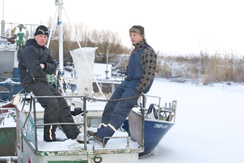Homsest läheb suur osa Peipsi järve jääst kalastajatele lukku