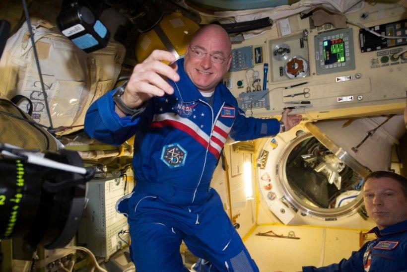 Astronaut Scott Kelly jätab oma kosmosekontori ning naaseb Maale