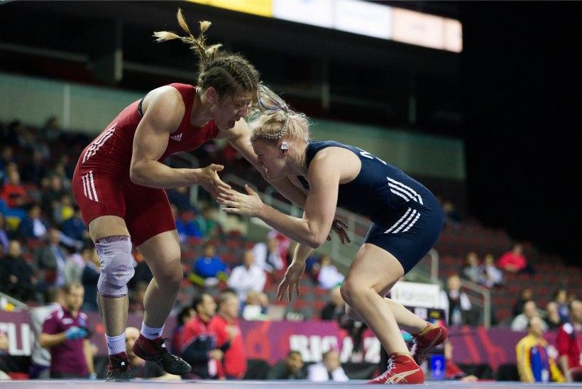 GALERII   Aasta parima naissportlase Epp Mäe meeleolukas EM: vigastus, valus kaotus avaringis ning medalita jäämine