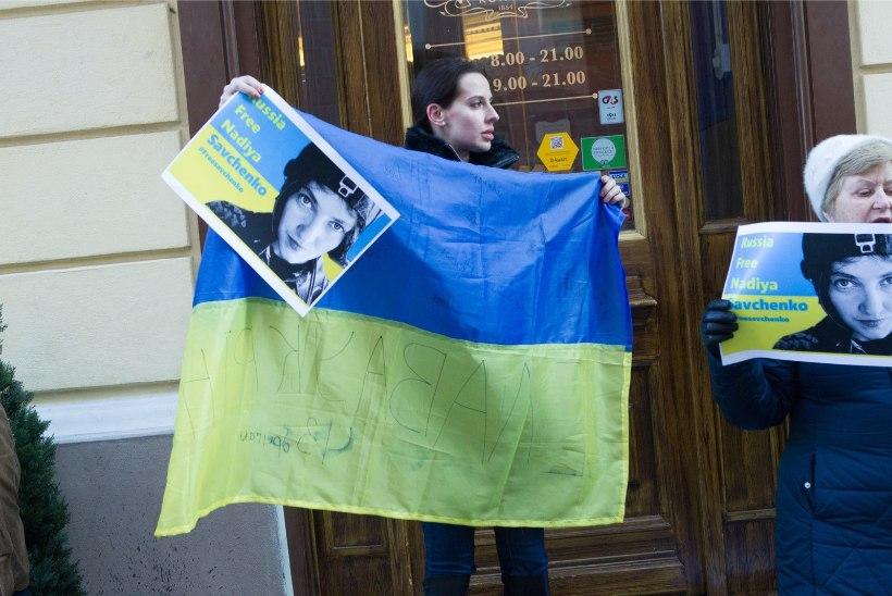 Arste ei lubatud Savtšenko juurde