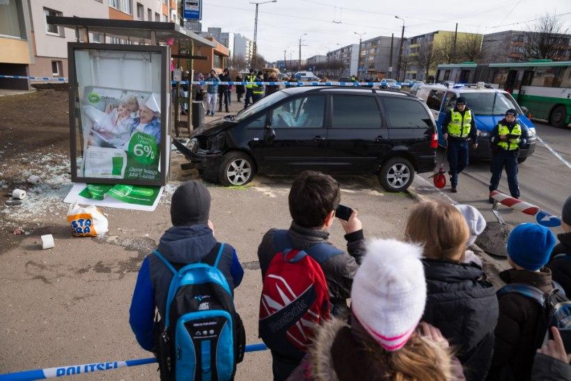 Õismäelane: hakka või kartma siin bussi ootamist!