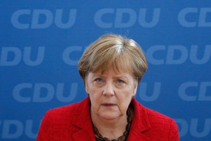 Merkel: ma ei muuda põgenikepoliitikat