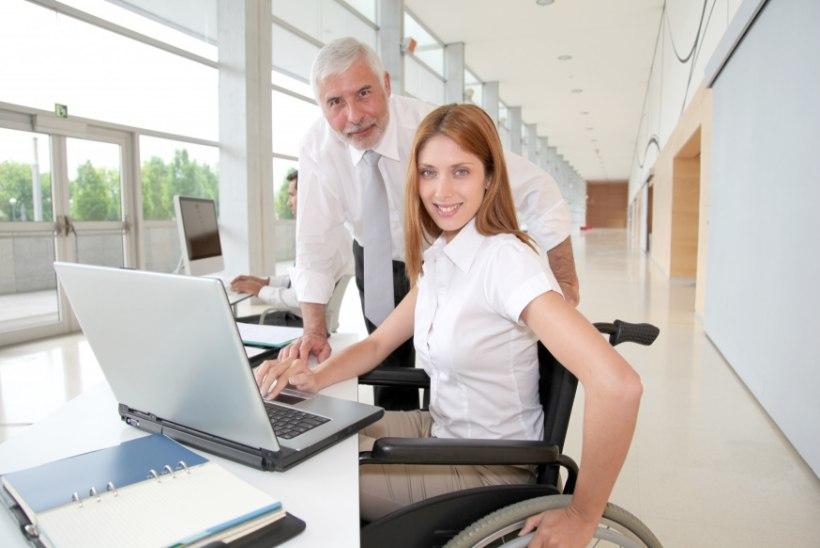 Esimesed liikumispuudega kogemusnõustajad on valmis teenust pakkuma