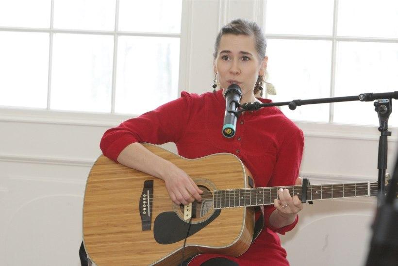 Mari Jürjens avaldab juba teist korda elus debüütalbumi. Loe, mis nipiga see võimalik on