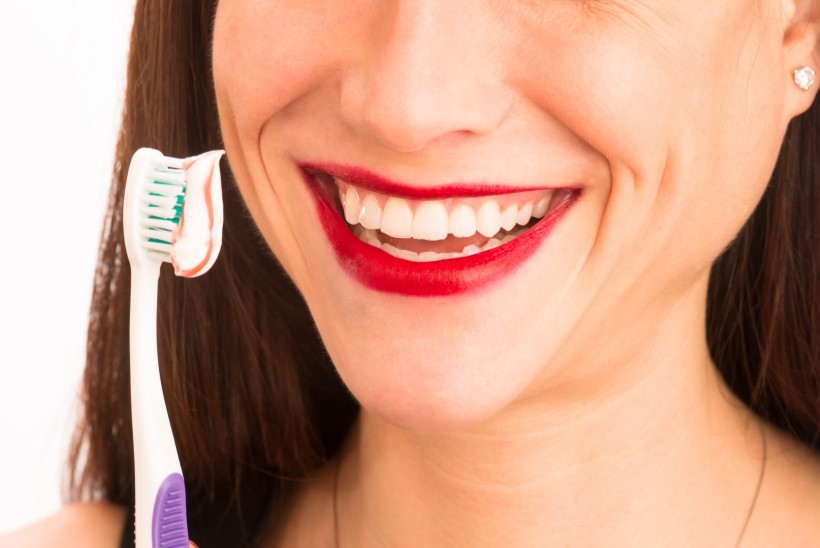 Miks ei tohi pärast napsutamist kohe hambaid pesta?