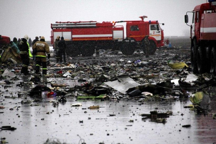 ÕNNETUSPAIGA PILDID | Venemaal kukkus alla reisilennuk, hukkus 62 inimest