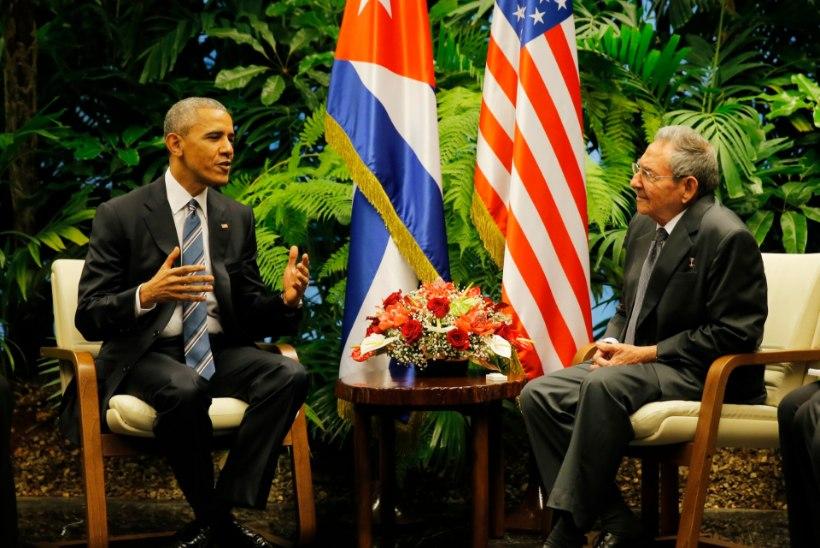 FOTOD | Ajalooline hetk: Obama kohtub Kuubal Raul Castroga