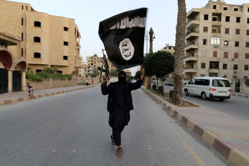 Europol: ISIS-e võrgustik on oodatust laiem, kahtlusaluseid Euroopast on 5000