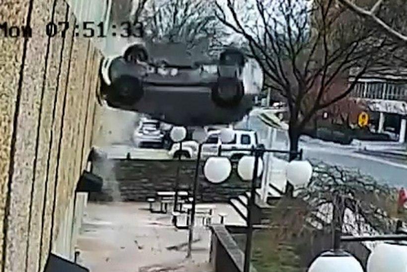 Auto prantsatas neljandalt korruselt alla