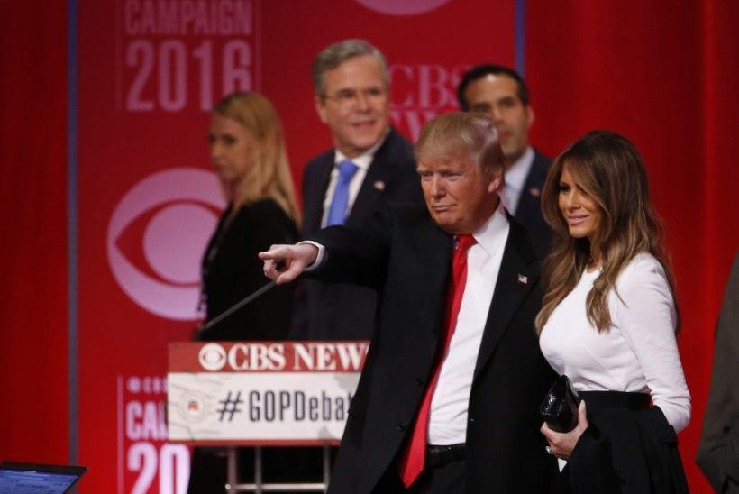 Donald Trumpi ründav rühmitus valis relvaks tema abikaasa foto