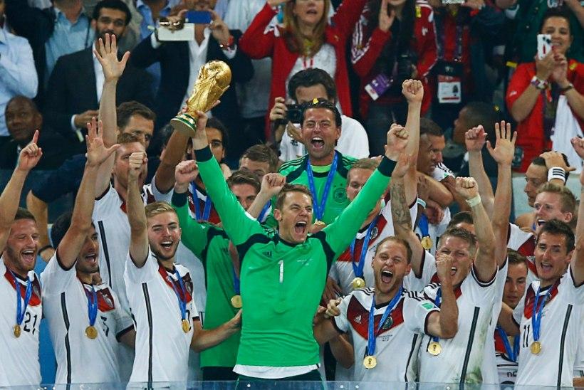 SÜNNIPÄEVAVIDEOD | Väravavahiametit igaveseks muutnud Manuel Neuer tähistab alles 30. sünnipäeva