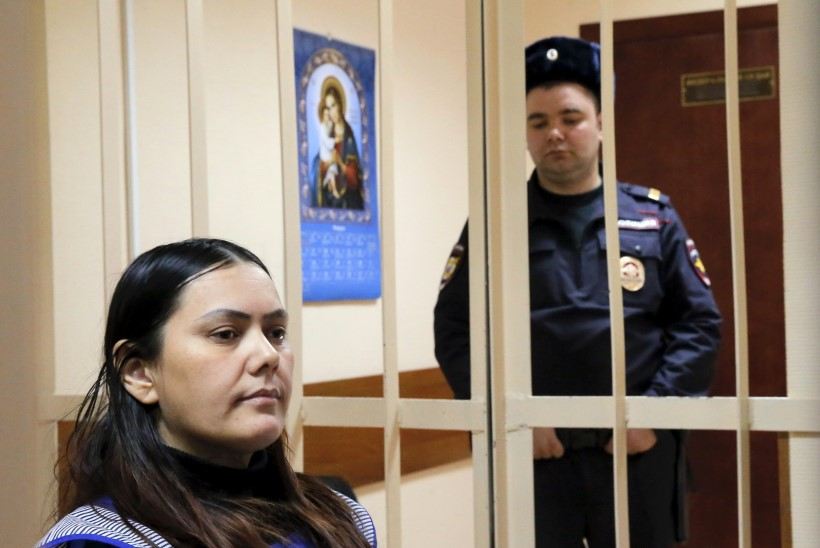 LAPSEHOIDJA: tapsin pisitüdruku, et Putinile Süüria eest kätte maksta