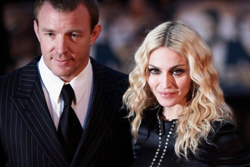 New Yorgi kohus otsustas: Madonna poeg Rocco jäägu oma isa juurde