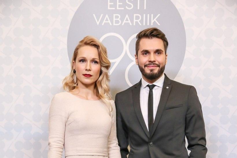 Viis tuntud Eesti daami annetavad vähihaigete heaks oma presidendi vastuvõtu kleidid
