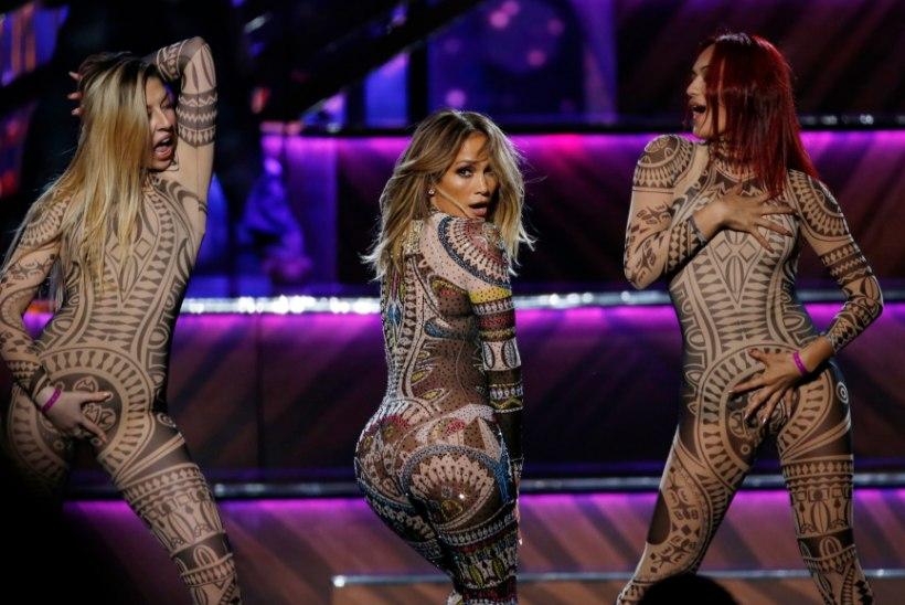 Jennifer Lopez eitas oma tagumiku kindlustamist