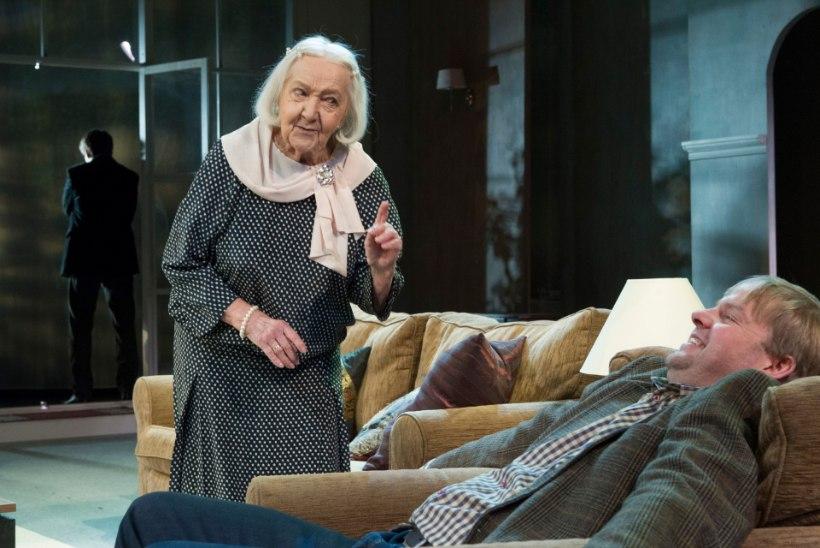 """""""Teater on Ita elu. Igaveseks. Igavesti."""""""