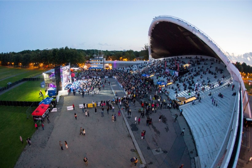 SUUR ELEKTROONILISE MUUSIKA PIDU TULEKUL: Paul van Dyk esineb juulis Tallinna lauluväljakul