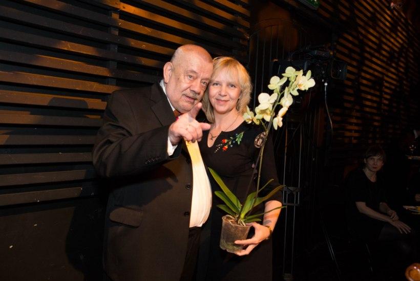 GALERII | PALJU ÕNNE! Kalju Komissarov tähistas Rakvere teatris 70. sünnipäeva