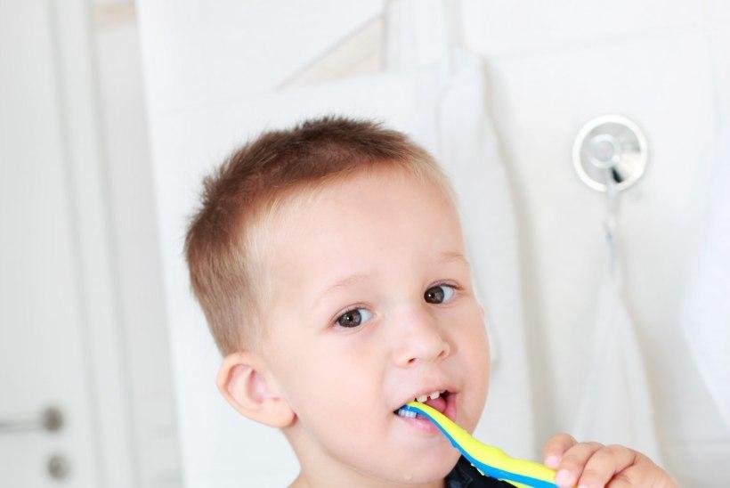 Seitse soovitust, kuidas muuta hambapesu lapse jaoks lõbusamaks