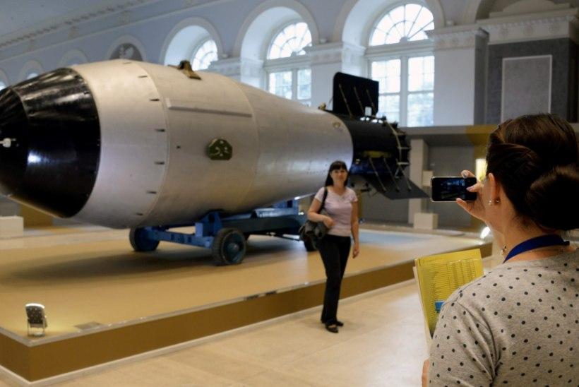 TUUMASÕDA ÄHVARDAB: veealused droonid ja kurssi muutvad raketid
