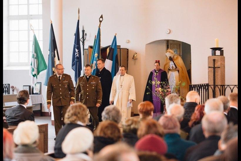 FOTOD | Tori kirikus mälestati langenud sõjamehi