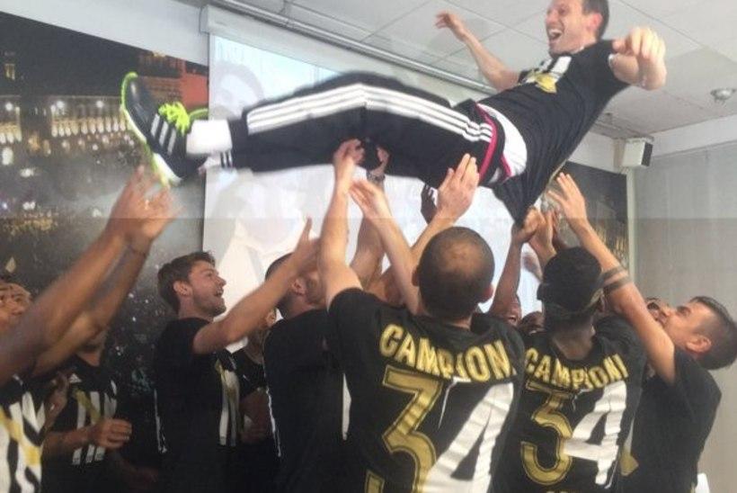 MEELEOLUKAD FOTOD ja VIDEOD TÄHISTAMISEST | Juventus kindlustas viiendat hooaega järjest Itaalia meistritiitli