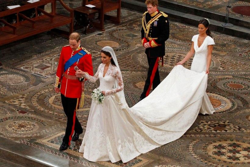 Alexander McQueeni moemaja kaevatakse hertsoginna Catherine'i pulmakleidi pärast kohtusse