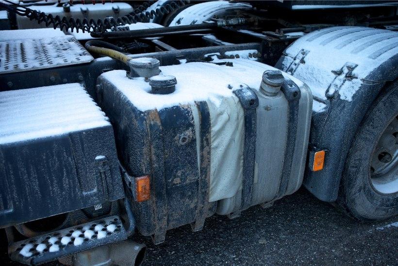 Soomes tabati teolt eestlasest kütusevaras