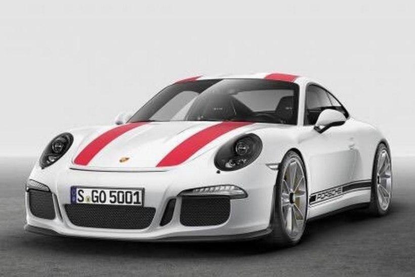 Porsche mõtleb keskmootoriga superautole
