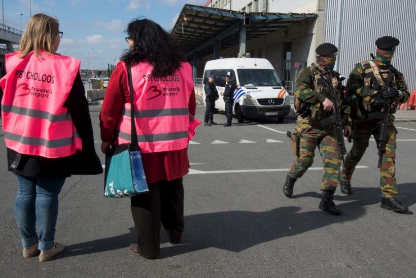 FOTOD   Brüsseli Zaventemi lennuväljalt saadeti teele esimene terrorijärgne lend