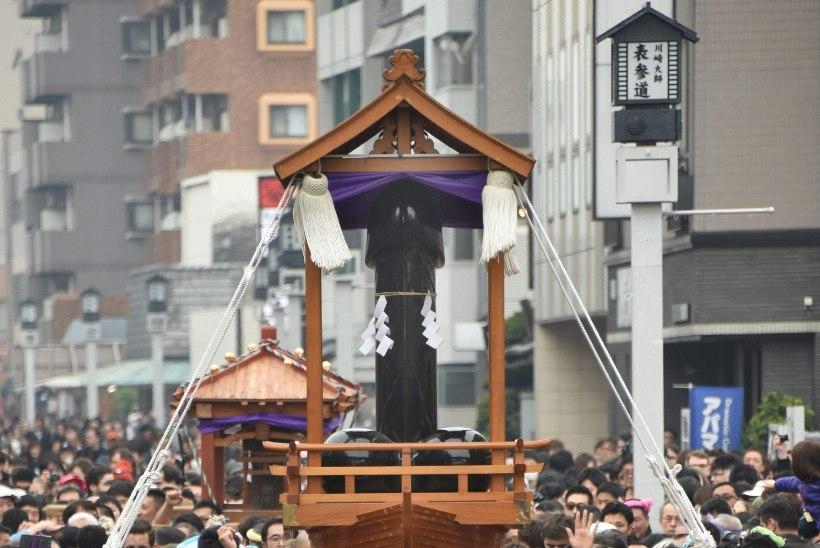 Jaapanlased palusid lapseõnne