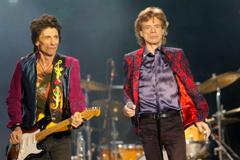 Jagger lubas Woodi kaksikutele lapsehoidjaks hakata