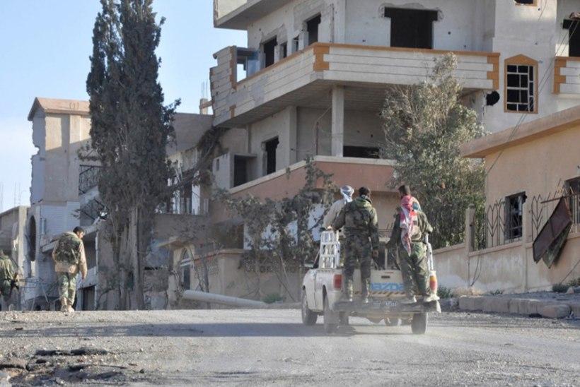 Süüria valitsusvägede teine võit: ISIS tõrjuti al-Qaryataini linnast