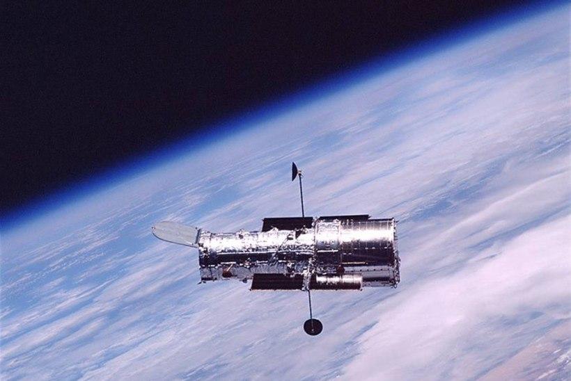 PILTUUDIS   Hubble vaatab Linnutee südamesse