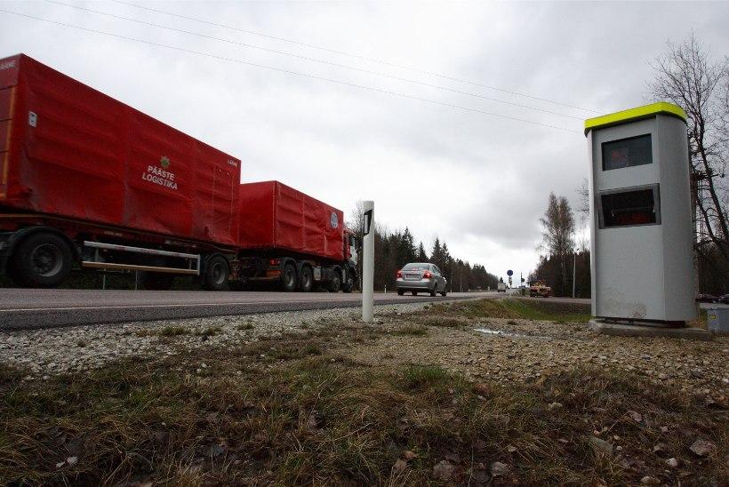 KEVAD TULEB: Maanteeamet alustab täna piirkiiruste tõstmisega