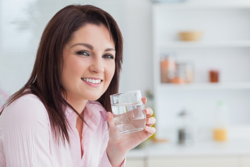 Kuus head põhjust, miks hommikuti klaas kuuma vett rüübata