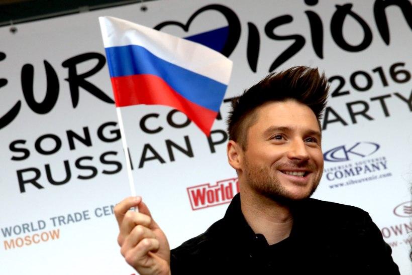 Vene eurolaulja Sergei Lazarev kukkus eile laval kokku, pühapäevane Tallinna kontsert lükatakse edasi