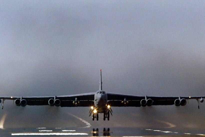 USA saatis Katari strateegilised pommitajad