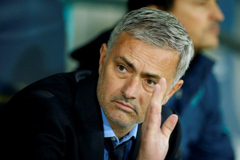 Indoneesia tahab maa vutikoondise peatreeneriks Jose Mourinhot!