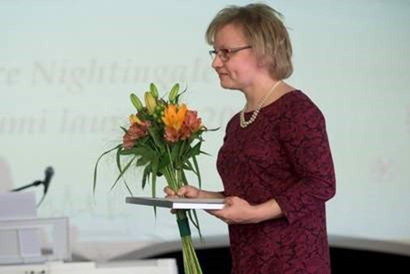 Ida-Tallinna Keskhaiglas tunnustati õendus- ja hooldustöötajaid