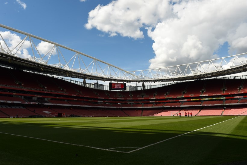 Eesti vutitalendi motivatsioonipakett: A-koondise debüüt ja mäng Arsenali kodustaadionil