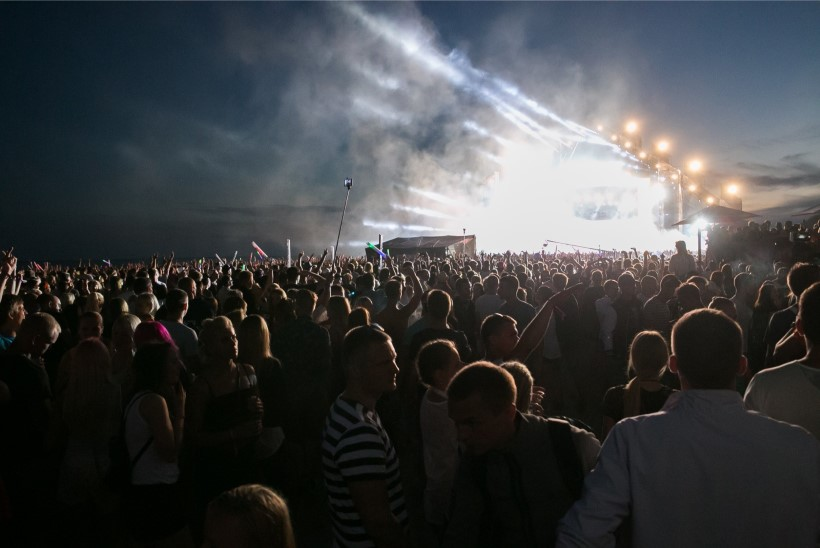 BALTIKUMI KALLEIM ESINEJATENIMISTU: Weekend Festivalil esinejad saavad palgarahaks üle kahe miljoni euro