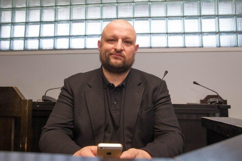 Soome psühhiaater Kenderi juhtumist: kirjandustekst on siiski teine asi kui pedofiilne tegu