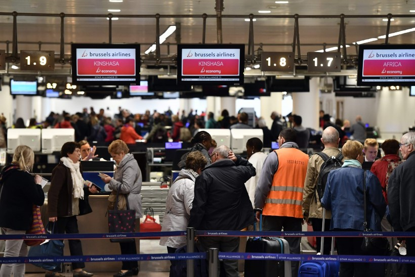 FOTOD | Brüsseli lennujaamas taasavati väljuvate lendude saal