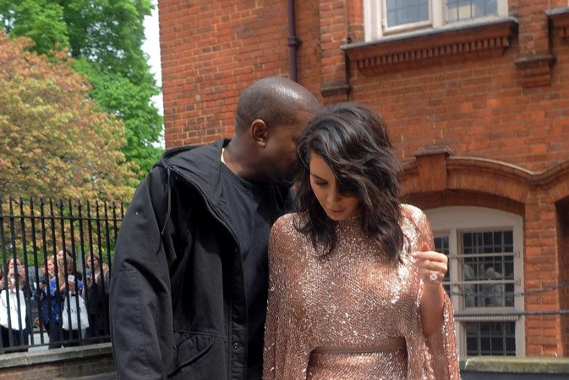 PILTUUDIS   Kim Kardashian puges kuldsesse kleiti
